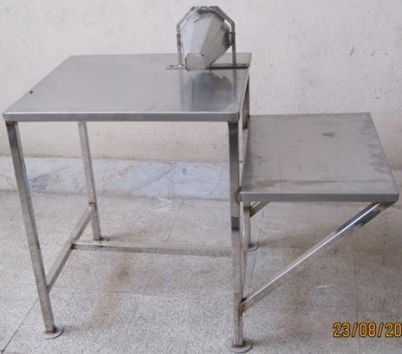 میز مخصوص بسته بندی,قیف بسته بندی مرغ,بسته بندی مرغ, میز مخصوص بسته بندی, کارگاه مهندسی تکنیکوم