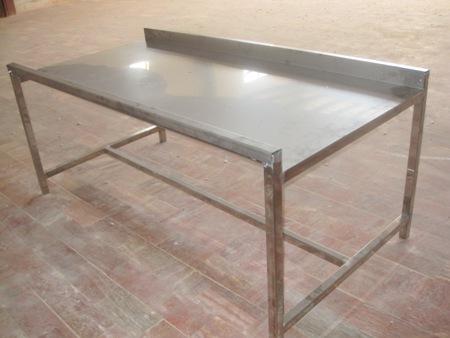 میز های مخصوص جدا سازی و بسته بندی دل و جگر و سنگدان, میز های مخصوص جدا سازی و بسته بندی دل و جگر و سنگدان, کارگاه مهندسی تکنیکوم